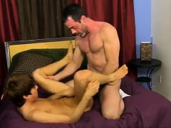 Gay Boys Naked Kissing Sexy After His Mom Caught Him Fuckin'
