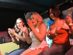 Sluts engulfing in strip club