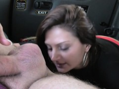 bad-brunette-gives-rimjob-in-a-cab