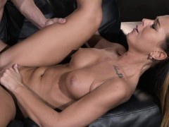 mom sexy horny and tanned milf rides young studs big penis – ‏ناك مرات ابوه فى كسها