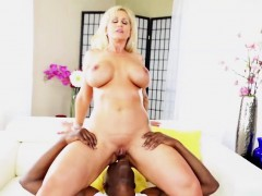 milf-and-a-cocksucker-ryan-conner-gets-her-two-holes-fucked