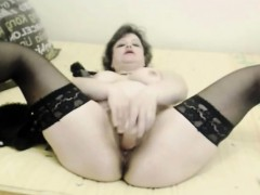 hot-mature-fucks-pussy-with-sextoy