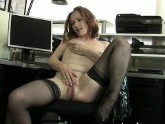 redheaded-milf-amber-masturbates-in-her-office