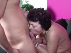 son-caught-step-mom-maturbate-and-get-his-first-fuck-by-her