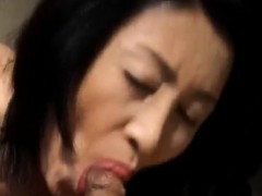 makiko-sucks-cock-before-drilling