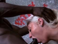 hot-bathroom-sex-with-delicious-blonde