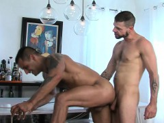 jizzy mouth brawny gay – Gay Porn Video