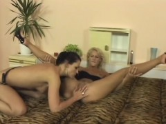 Sultry brunette fucks her blonde lesbian lover with a strap-on dildo | Porn Bios