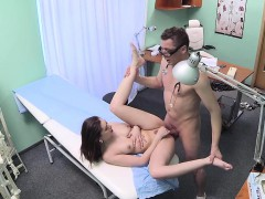 amateur-euro-sprayed-cumonpussy-by-doctor