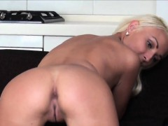 casting-stunner-leaves-after-hardcore-fucking-and-anal-drill