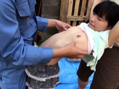 petite-japanese-babe-fingered-outdoors