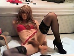 crossdressers-red-lingerie-solo-performance