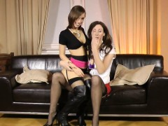 stockings-les-fingered
