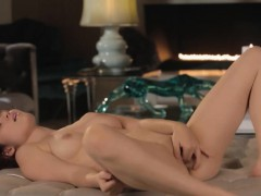 Sweet Pussy Strip In Art Movie