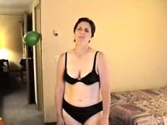 mature-women-takes-young-big-cock