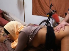 arab-in-head-scarf-getting-fucked-in-the-bedroom
