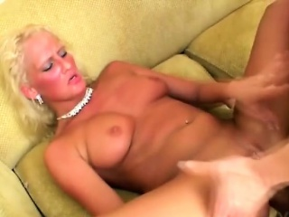 Hot anal sex with blonde fuck doll
