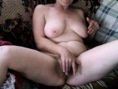 mature beauty sensual masturbation webcam