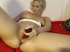 cam-blonde-pokes-at-dildo-in-her-pussy