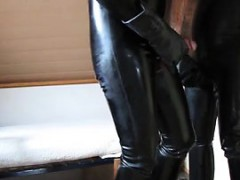 me-in-rubber