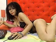 Latina Feet Show Online
