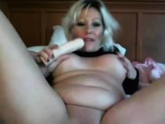 bictitted-sensual-milf-lilliannaxxx-masturbates-alivegirlcom