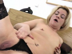 Amateur Wife Fucks Her Ass And Sli Jannie
