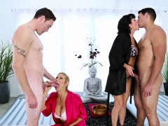 bigtits-milf-veronica-and-alexis-group-massage-sex