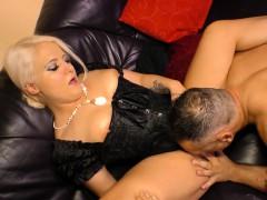 sextape-germany-german-amateur-blondie-enjoys-hot-pov-fuck