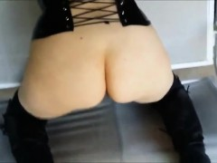 she-enjoys-bdsm-intercourse-and-he-s-usually-pleased-to-ple