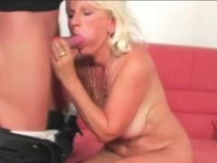 blonde-granny-mollie-is-fingered