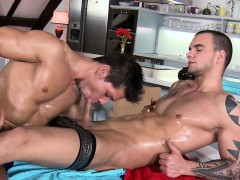 Exciting Cock Engulfing And Wild Handjob For Sexy Gay Hunk
