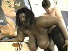 black-big-girl-gets-white-dick-alysa