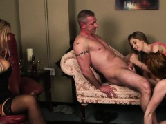 cfnm-wife-aroused-while-hubby-gets-cocksucked