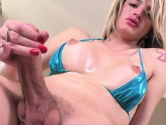 tgirl-nanda-fills-her-ass-with-dildo-toy