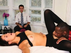 slutty-babe-izzy-bell-interracial-fuck-with-black-boner