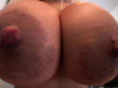 watch-bridgette-b-large-tits-in-action