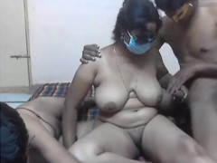 threesome-on-cam-indian-video-92