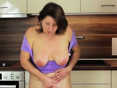 buxom-mature-mom-plays-with-her-we-renate-from-1fuckdatecom