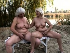 Chess- Playing Lezbo Grannies
