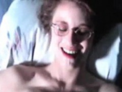 fat-tit-mother-gets-facial-shawnta-from-dates25com