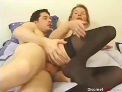 french-mom-deep-anal
