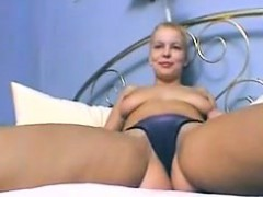 german-solo-masturbation-florence-from-dates25com