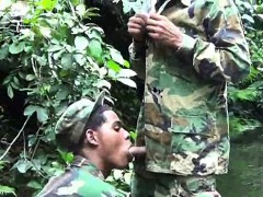 Military Lads Do Mouth Job In The Water