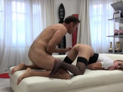 tight-slut-linda-leclair-gets-her-ass-pounded-by-horny-rocco