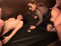 euro-swinger-gang-bang-niki-from-dates25com
