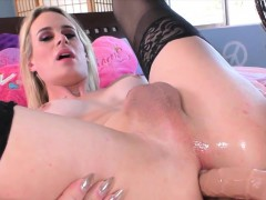Busty Milf Fucks Hot Tgirl In Her Asshole With A Dildo