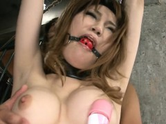 wet-rug-munch-for-sexy-oriental-darling-in-nylons