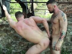 russian-gay-flip-flop-with-cumshot
