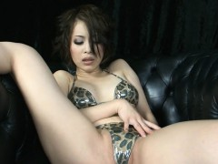 Cum Eating Oriental Amazing Babe Likes Deepthroat
